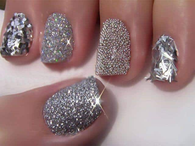 Amazingly Designed of Nail Arts for Girls