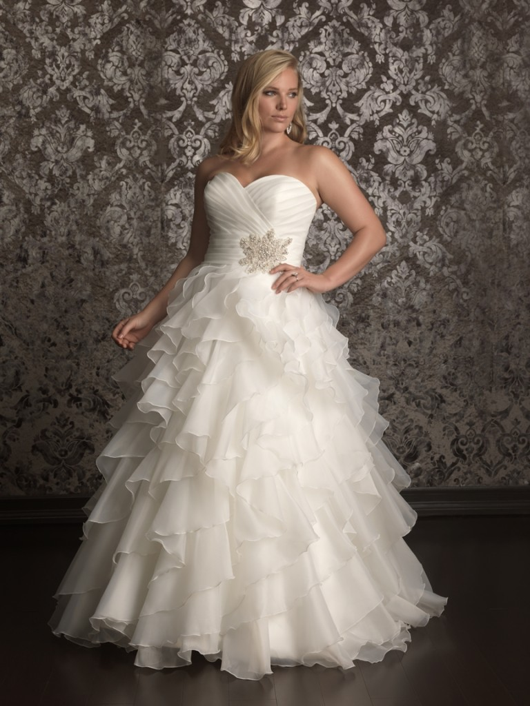 Casual Plus Size Wedding Gowns for Women