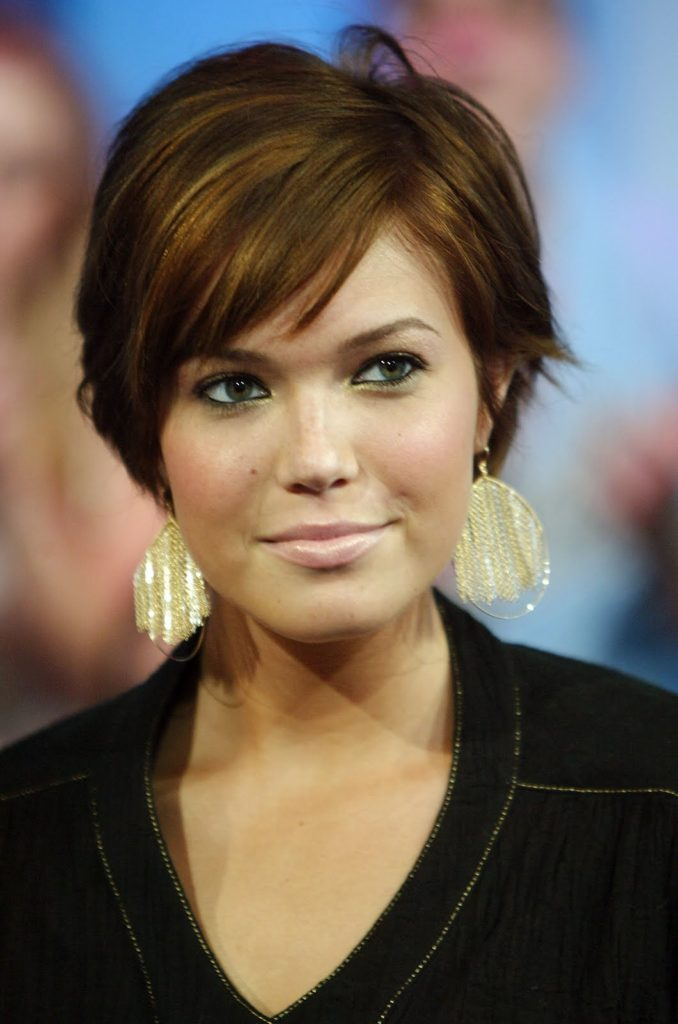 Celebrity Square Face Haircut Trend