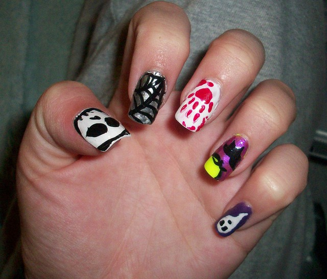 40 Easy and Cool Nail Designs Pictures - SheIdeas