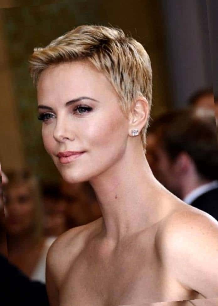 Cute Pixie Hairs for Square Shaped Face