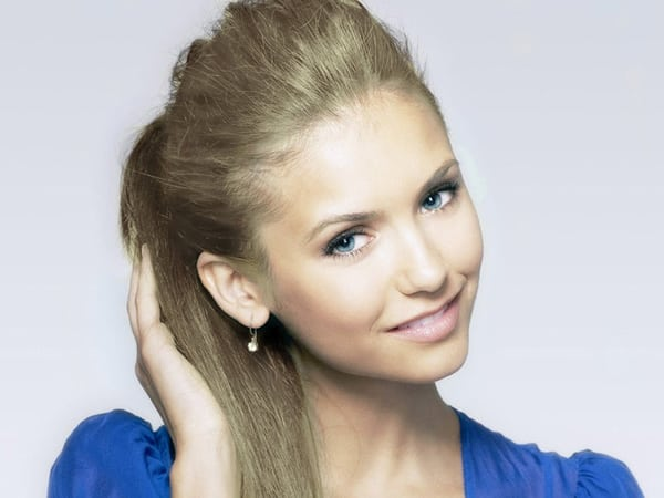 Cute Ponytail Hairstyle for Thin Hair 2016