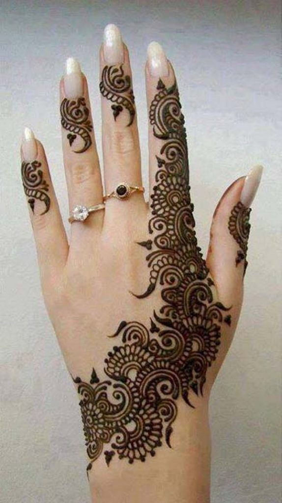Latest Girls Mehndi Designs for Hand