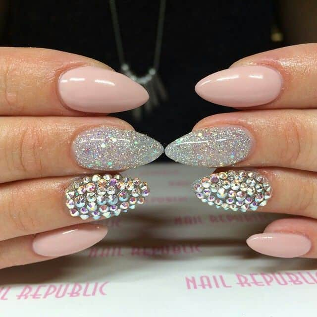 New Acrylic Nail Design Trend for Long Nails
