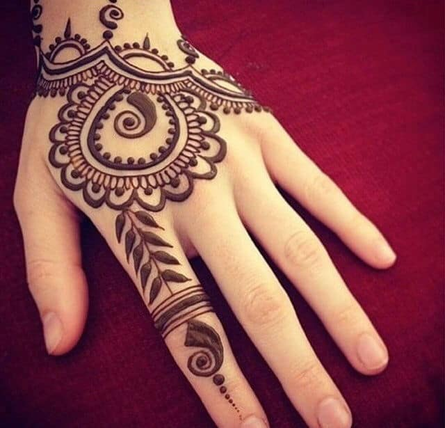 Henna Designs For Women: 30 Latest And Cool Easy Henna Designs 2017