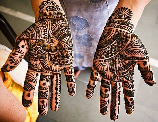 Latest Simple Mehndi Designs For Hands 2017: 25 Simple Easy and Beautiful Mehndi Designs for Hands 2019 u2013 SheIdeasrh:sheideas.com,Design