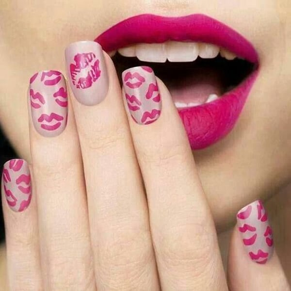 Pink Kisses Valentine Day Nail Design for Girls