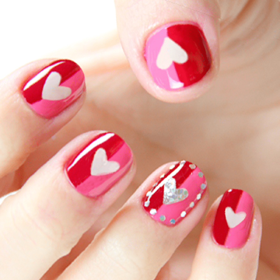 40 Cute Valentines Day Nails Designs for Ladies 2018 – SheIdeas