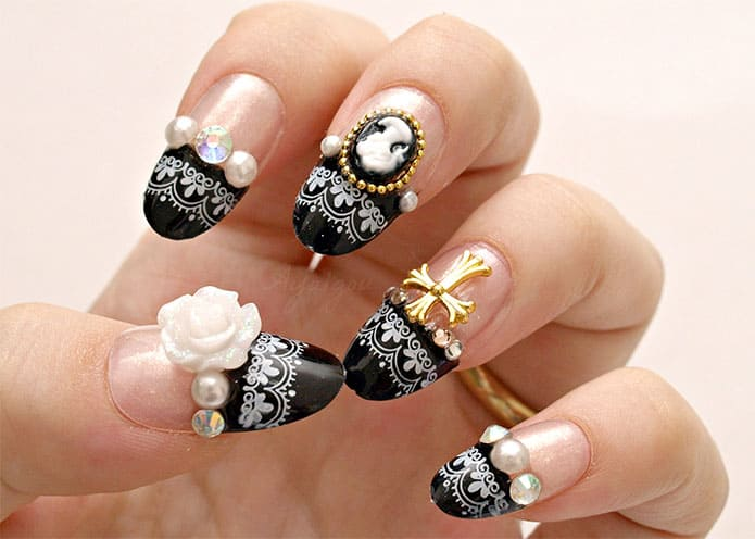 Black French Nail Art Designs for Christmas