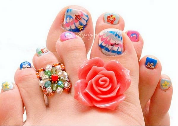 Christmas Toe Nails Designs for Party