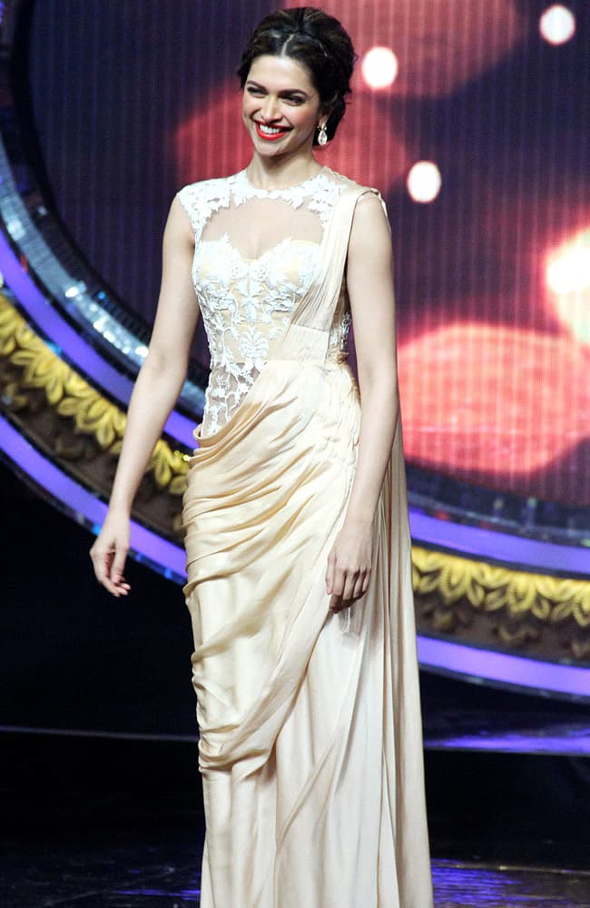 Deepika Padukone in Evening Gown Saree for Celebrity