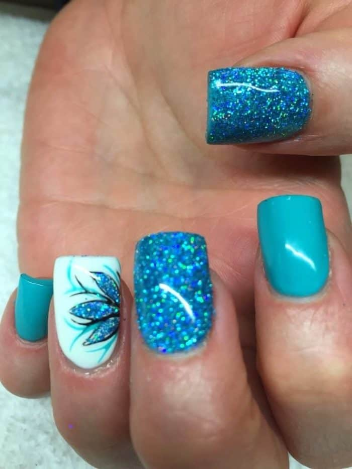 30 Amazing French Nail Designs Pictures – SheIdeas