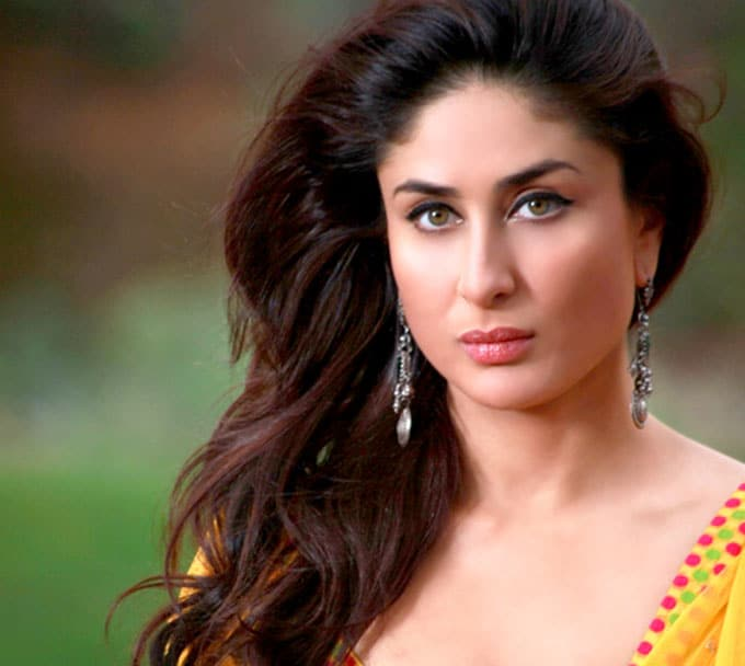 Hot Actress Kareena Kapoor Photos