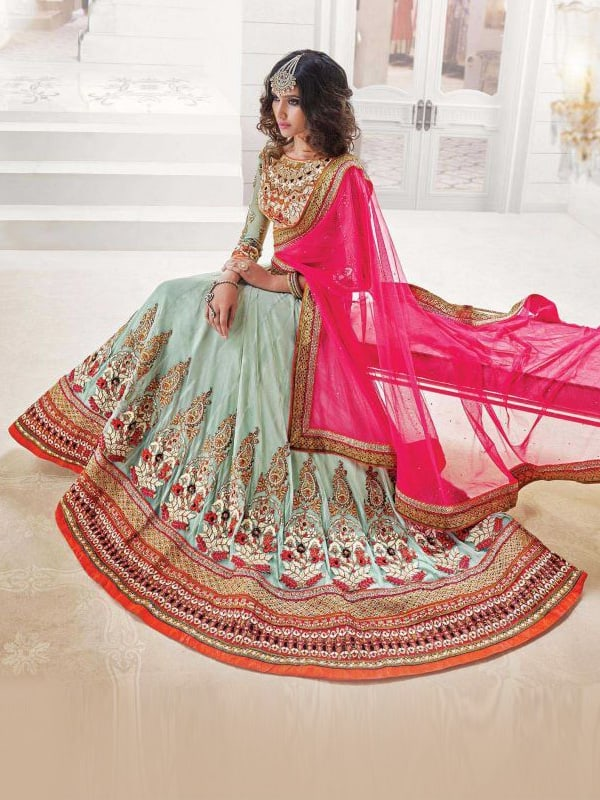 Latest Bridal Lehenga Choli Designs for Wedding 2016