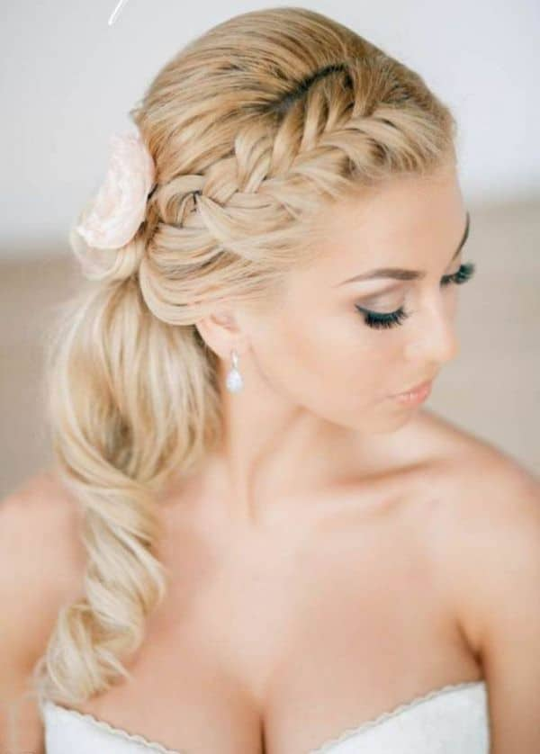 Latest Curly Prom Hairstyles With Braid 2016