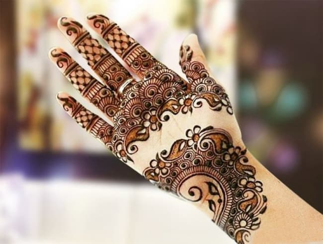 New Arabic Mehndi Designs Images for Girls