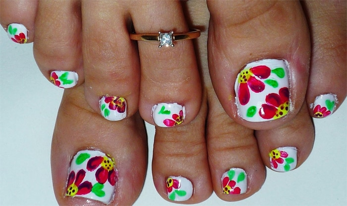 Stunning Summer Toe Nail Art Designs