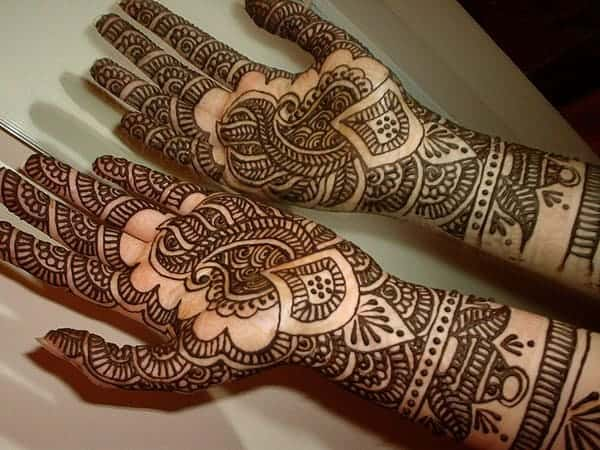 Traditional Henna Wedding Designs for Girls