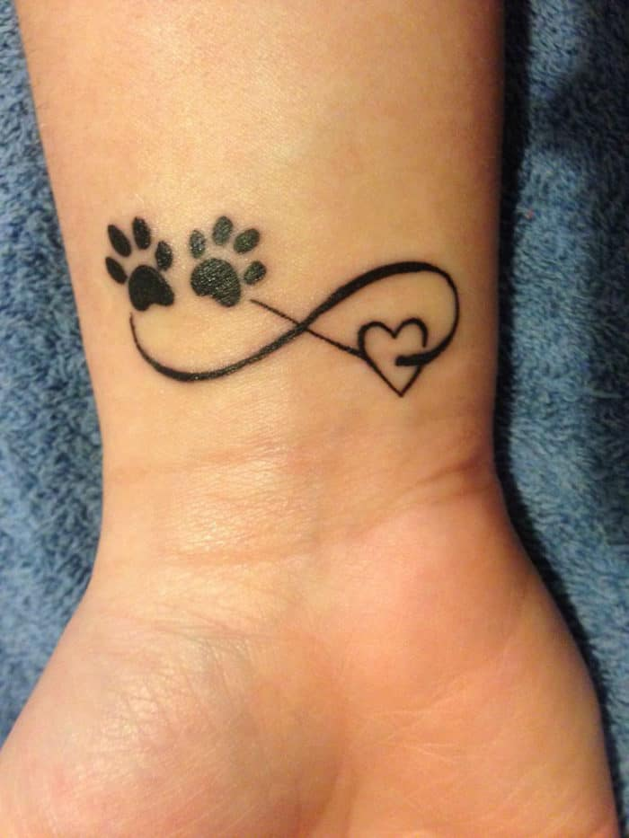 Wrist Love Heart Valentines Day Tattoo Designs