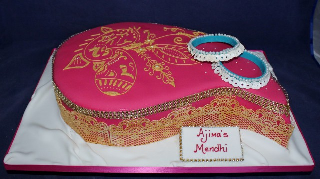Paisley Mehndi Cake : Top fantastic henna wedding cake designs sheideas