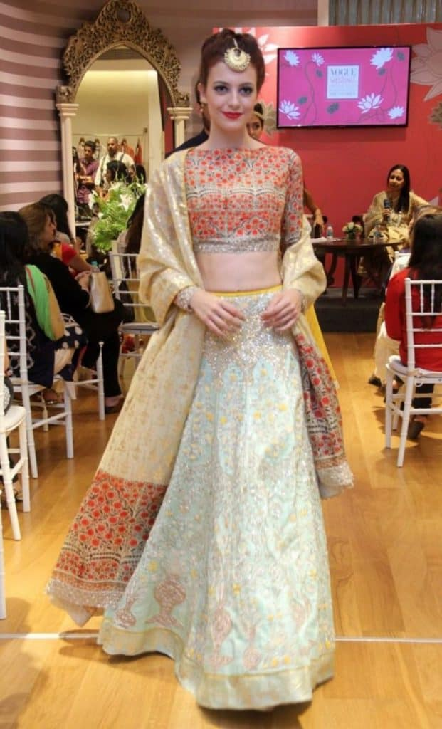 lehenga choli wedding design