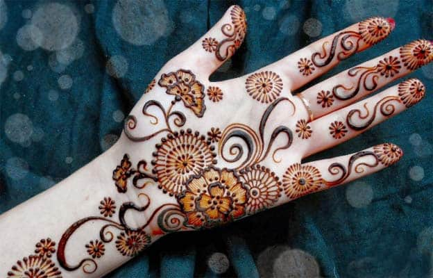 Attractive Pakistani Henna Mehndi Designs