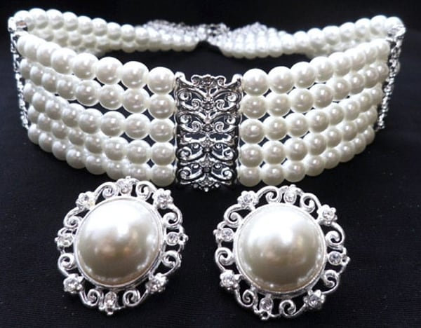 Avon Pearl Necklaces and Earrings Ideas