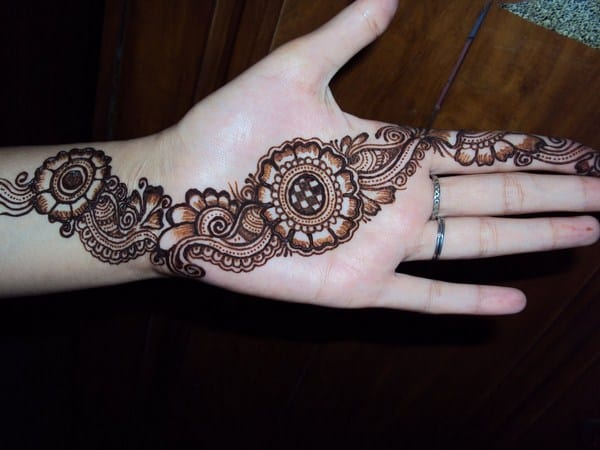 Awesome Pakistani Mehendi Patterns 2016