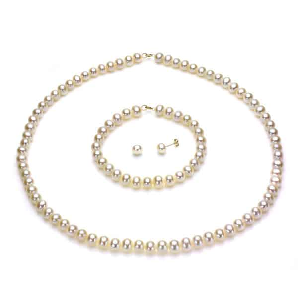 Awesome White Gold Pearls Necklace Set