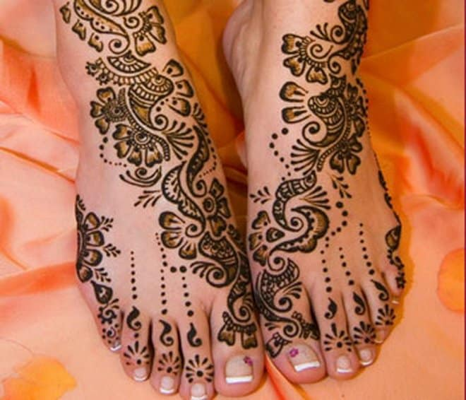 Bridal Mehndi Feet Patterns for Wedding