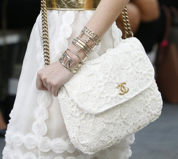 Eye Catching Summer White Handbags 2016-17