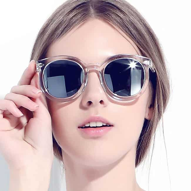 Women's Sunglasses Discover the latest collection for women. Never Hide with Ray-Ban sunglasses for women. Choose from the coolest new and classic frames, lenses, and colors to find the shades that match your style. Shop women's sunglasses at whomeverf.cf today .