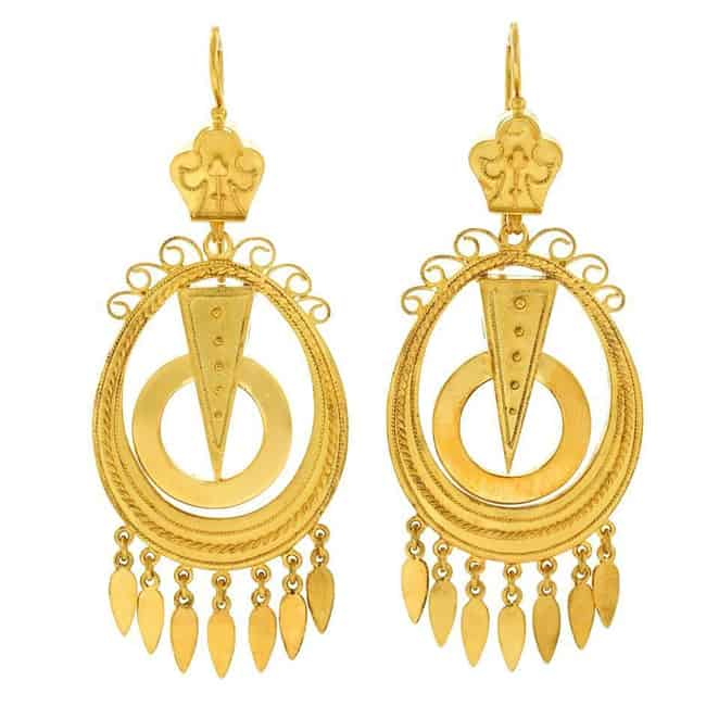 Great Antique Gold Chandelier Earring Designs