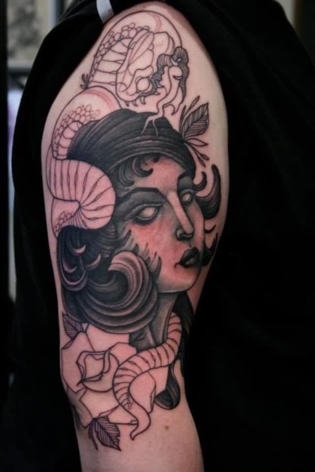 Half Sleeve Tattoo Designs for Girls