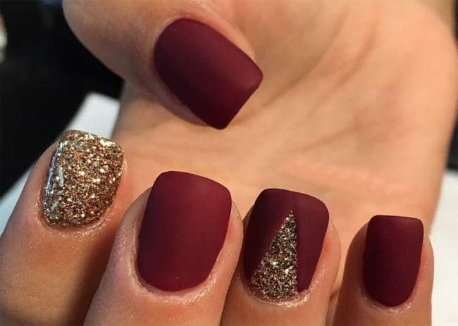 Holidays Glitter Nails Art Designs for Women