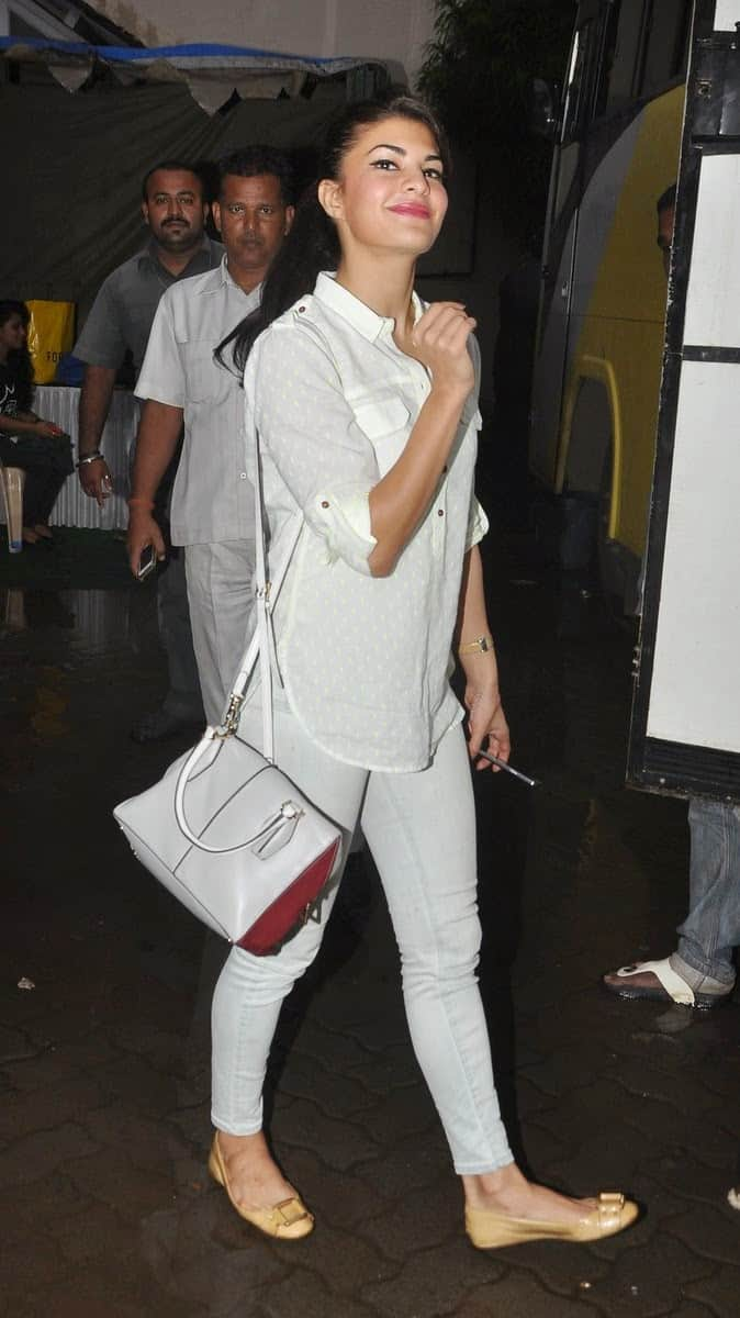 Hot Jacqueline Fernandez in Casual Dress