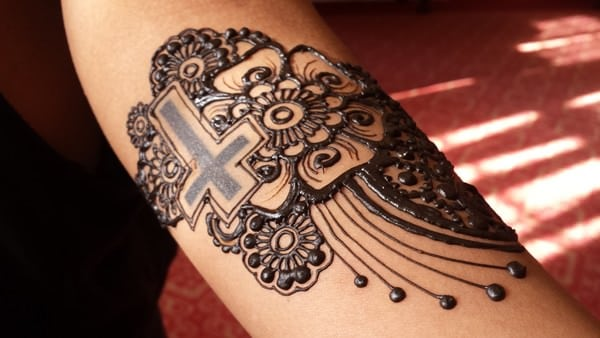 Latest Cross Henna Tattoo Art 2016