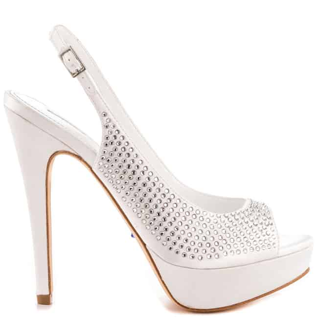 Latest Glamor White Shoes for Women 2016