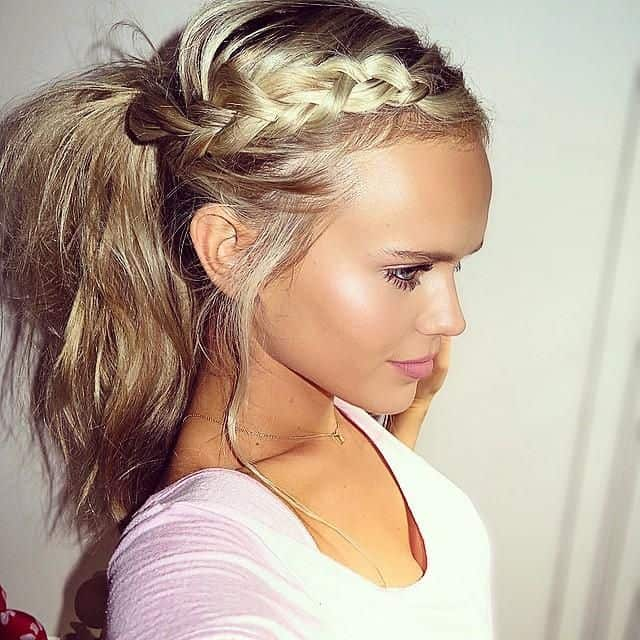 20 Beautiful Ponytail Hairstyles for Ladies - SheIdeas