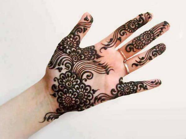 Pakistani Mehndi Designs for Girls 2016