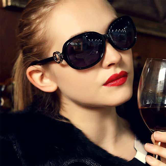 shades for women  15 Awesomely Shades Sunglasses for Women - SheIdeas