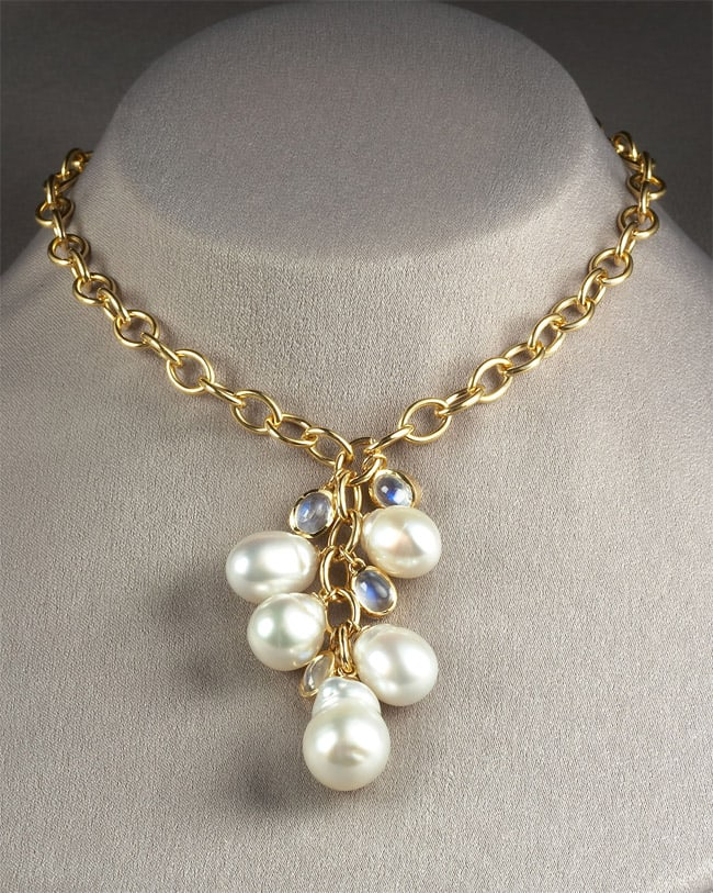 Stylish Baroque Pearl Necklaces for Women