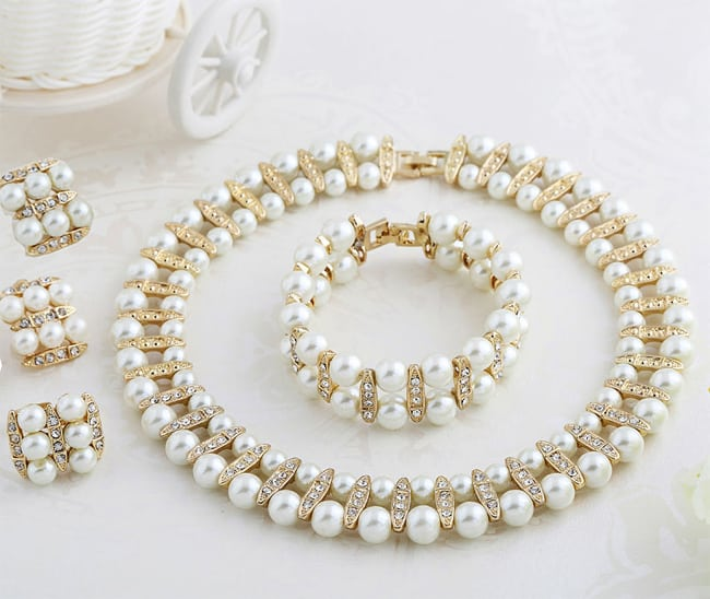 Wonderful Pearl Necklaces Jewelry for Women