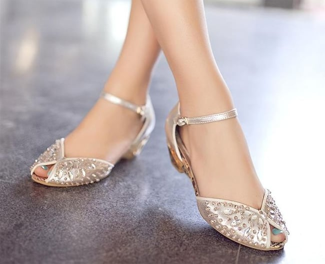 Amazing Flat Bridal Shoes Designs