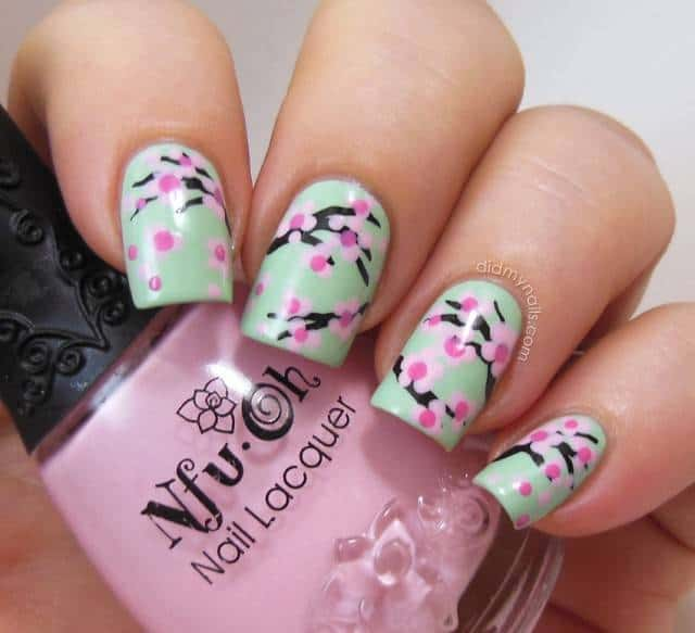 Amazing Summer Flower Nails Designs