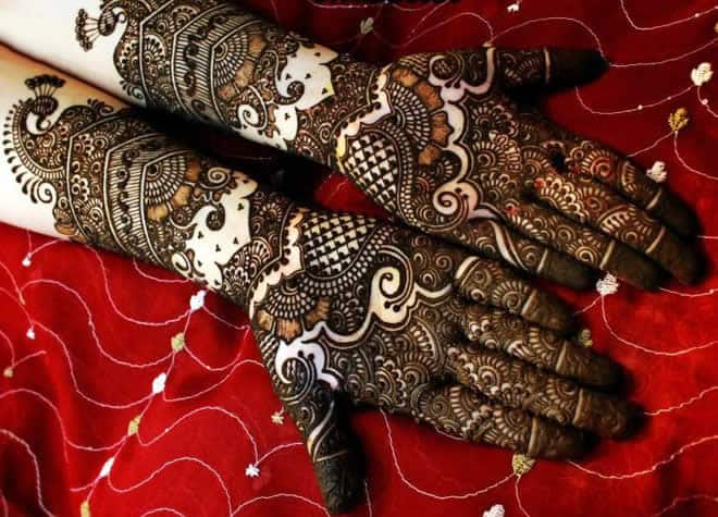Attractive Henna Designs for Bridal 2017