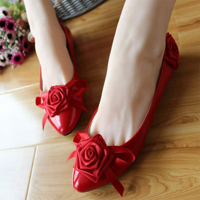 Attractive Red Flat Shoes for Wedding
