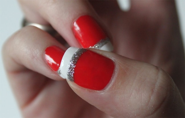 Attractive Red and White Airbrush Manicure