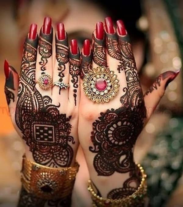 Back Hand Bridal Mehndi Designs for Wedding