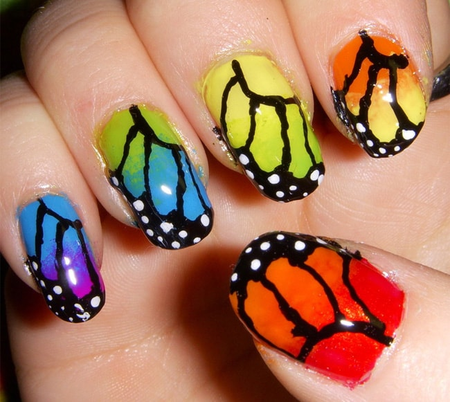 Beautiful Butterfly Designs on Nails